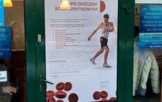 Wyklejenie drzwi dla biovico, realizacja: Studio Reklamy BeeM