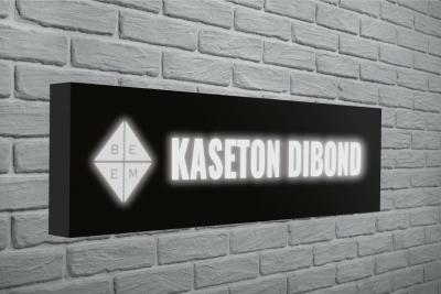 Kaseton z Dibondu