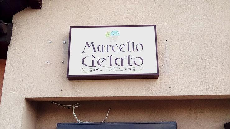 Kaseton klasyczny z licem z plexi wykonany dla Marcello Gelato